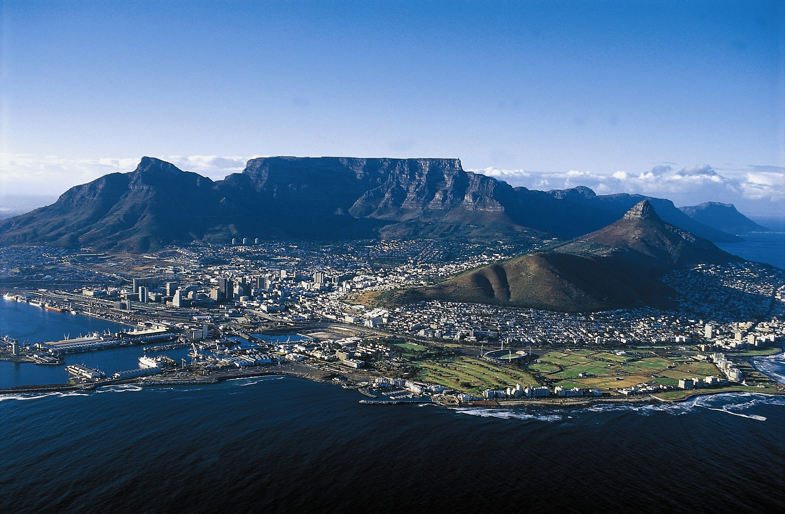 Table-Mountain whole range